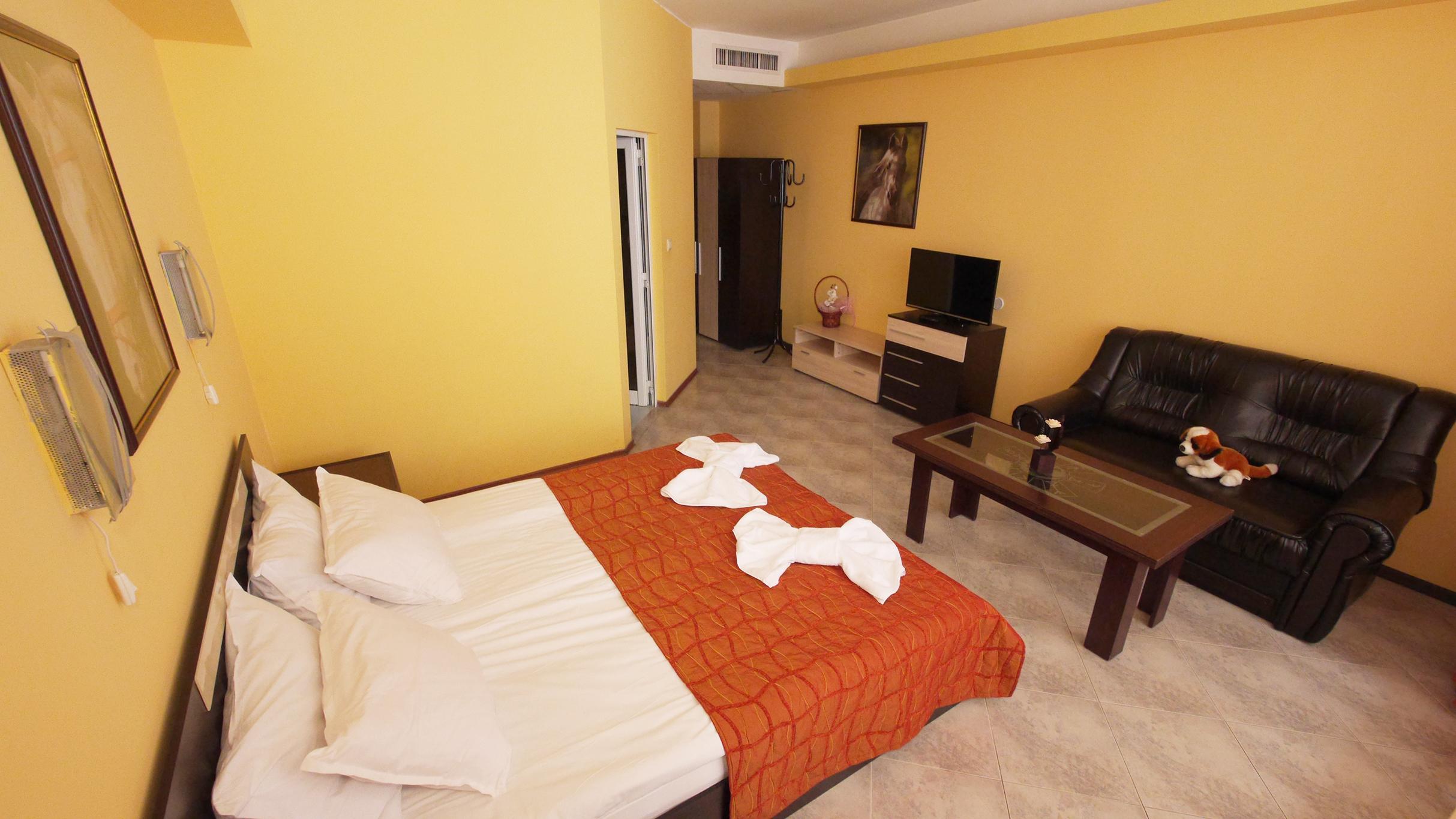 апартамент-спалня-ready